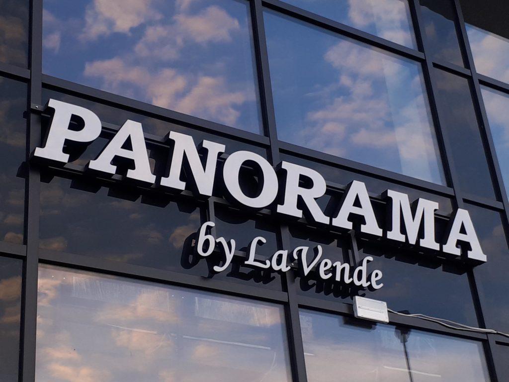 Panorama by LaVende litery świetlne