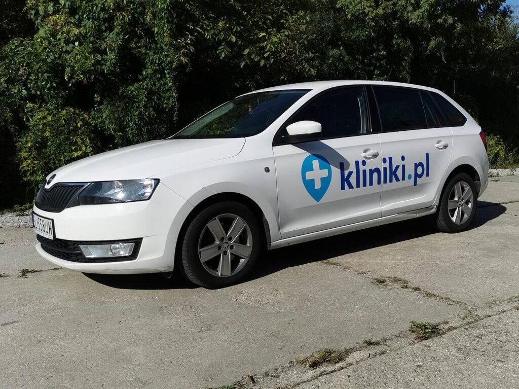 Oklejenie samochodu - kliniki.pl