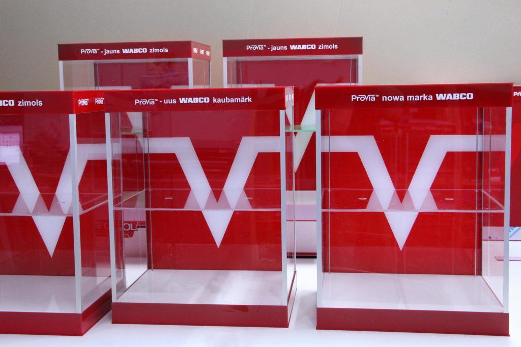 ekspozytory szafki podswietlane