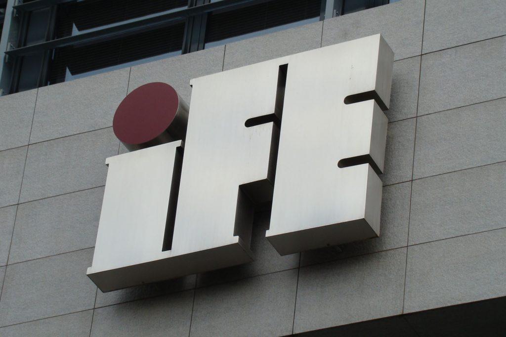 IFE literymetalowe